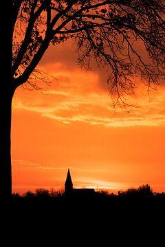 Kerk bij zonsondergang van Ellen Gerrits