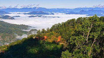 Ochtendlicht in het noorden van Thailand van Henk Meijer Photography