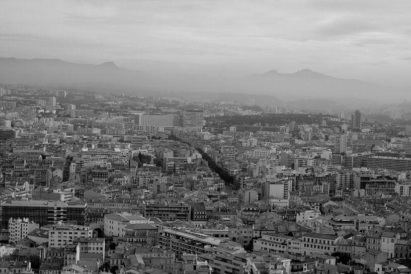 One view over Marseille van Jennifer De Cock