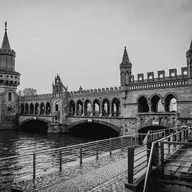 Oberbaumbrücke   Berlijn  Duitsland van Marianne Twijnstra-Gerrits
