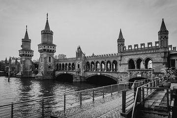 Oberbaumbrücke | Berlijn| Duitsland van Marianne Twijnstra-Gerrits
