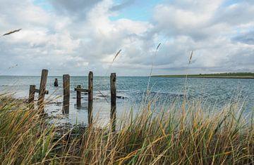 Romantisch uitzicht over water van Jacqueline Sinke