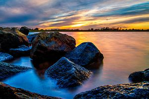 Zonsondergang aan de Rijn.