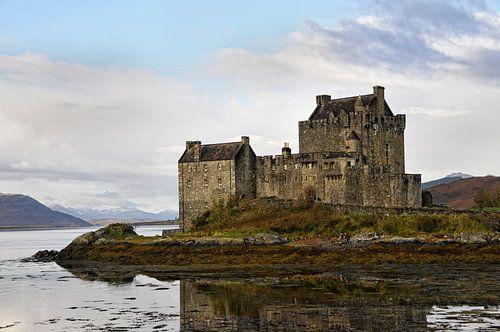 Kasteel Eilean Donan,Schotland. van Tilly Meijer