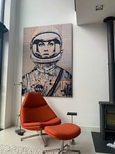 Kundenfoto: Orbit - Female Astronaut von LOUI JOVER, als akustikbild