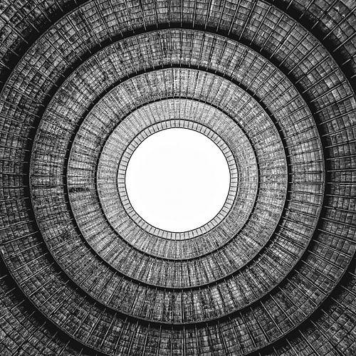 oculus koeltoren van binnenuit en onderaf