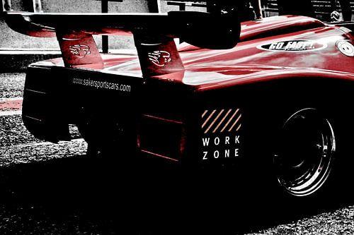 Race auto klaar voor de race| Limited! van Assia Hiemstra