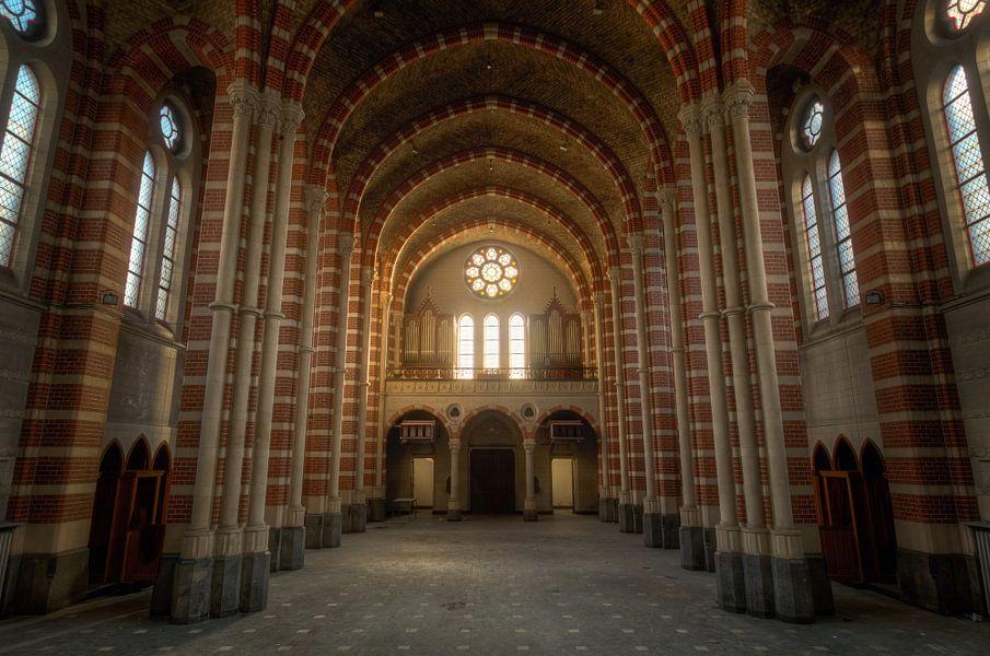 Zonsopkomst in de Kerk van Roman Robroek