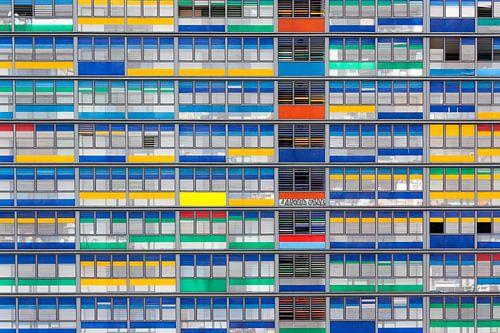 Bunte Fassade von Steve Van Hoyweghen