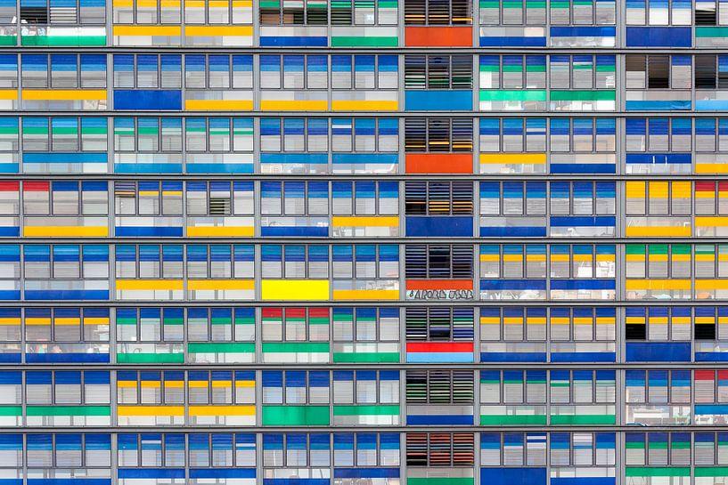 Kleurrijke gevel van Steve Van Hoyweghen