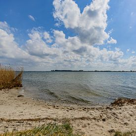 Plage naturelle près de Glutzow au Strelasund, île de Rügen sur GH Foto & Artdesign