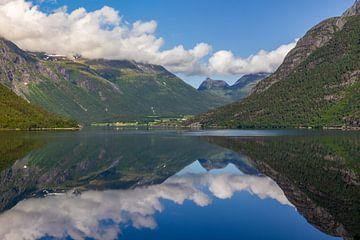 Eikesdalmeer, Noorwegen van Adelheid Smitt