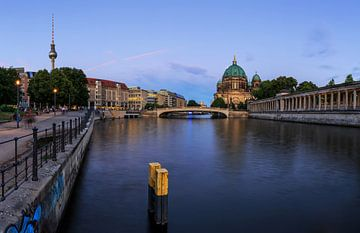 Berlijnse skyline aan de Spree