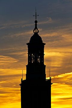 Zonsondergang spits Nieuwe Toren te Kampen