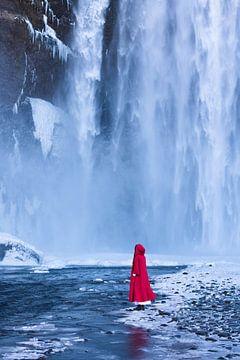 Am großen Wasserfall von Denis Feiner