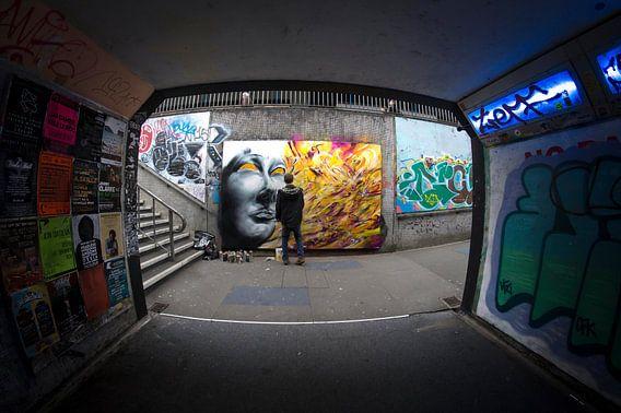Urban graffiti in de metro