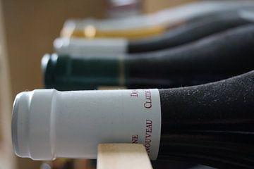 Dusty winebottles von Sanneke van den Berg