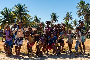 Tanzende Kinder von Jeroen Kleiberg