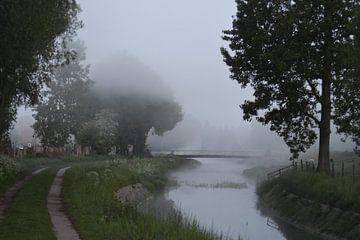 Landschap met mist van Pauline Bergsma