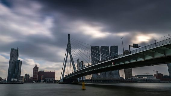 Erasmusbrug, Rotterdam van Robbert Ladan