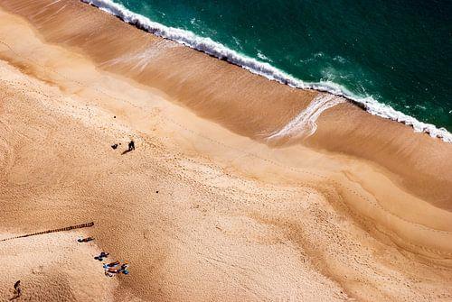 Luchtfoto Zilverkust, Portugal van Caroline Bomers