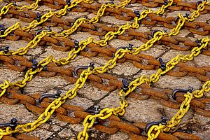 Yellow and rusty chains in the port of Vlissingen.
