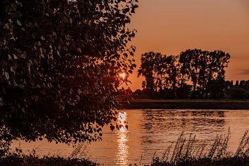 Prachtige zonsondergang van Tessa Dommerholt