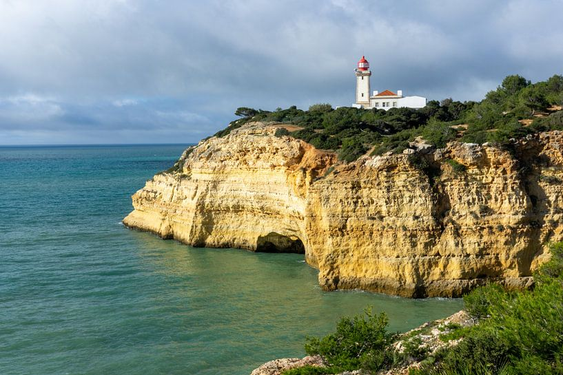 Farol de Alfanzina: Leuchtturm an der Algarve von Jacoba de Boer