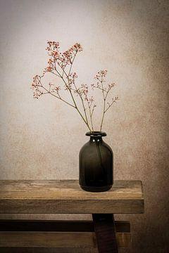 Stilleben aus Gips in einer Vase von Marjolein van Middelkoop