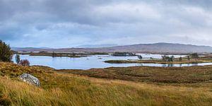 Schots panoramalandschap met meren van