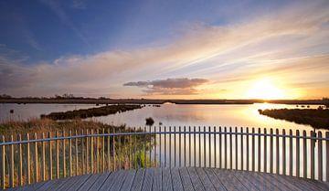 Zonsondergang over de Onlanden bij Matsloot (3) van Gerben van Dijk