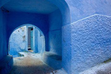 Schöne blaue Medina aus der Stadt Chefchaouen in Marokko, Afrika. von Tjeerd Kruse