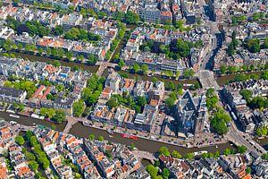 Luchtfoto Anne Frank huis, Westerkerk, Prinsengracht en Keizersgracht