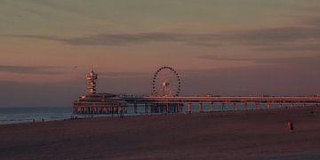 Scheveningen bei Sonnenuntergang von Bob Bleeker
