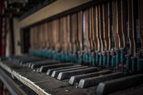 Piano van Katjang Multimedia