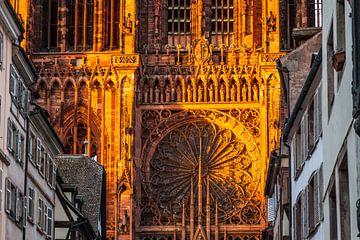 Fassade des Liebfrauenmünsters in Straßburg von Jan Schuler