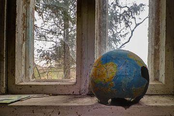 De wereldbol sur Anya Lobers