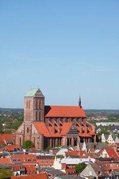 Blick auf Altstadt und  Nikolaikirche vom Turm der Georgenkirche,  Wismar, Mecklenburg-Vorpommern, D von Torsten Krüger