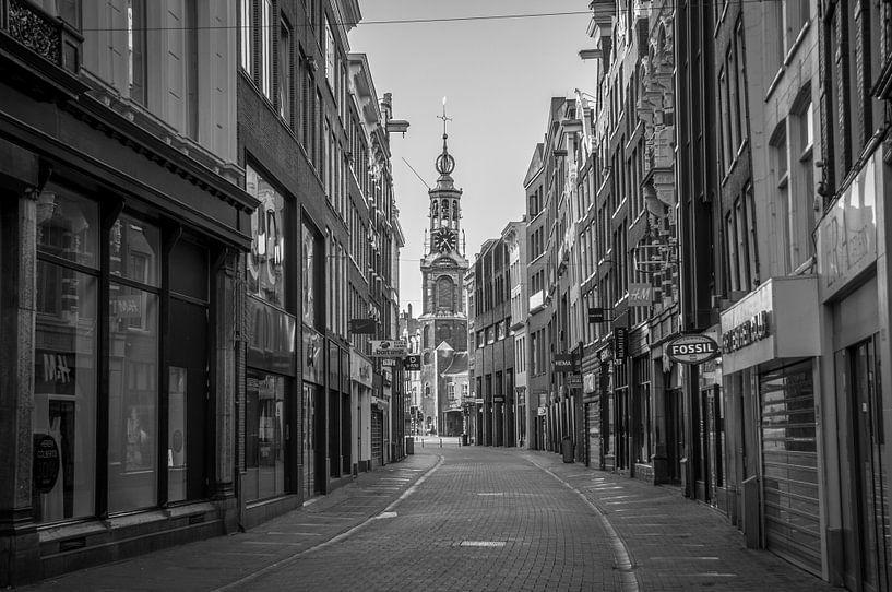 Kalverstraat - Munttoren van Hugo Lingeman
