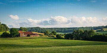 Boerderij in het Zuid-Limburgse landschap sur Capture the Light