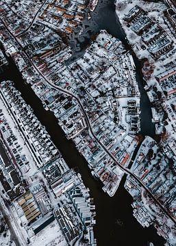 Nieuwendam (Amsterdam-noord) vanuit de lucht in de winter van Mike Helsloot