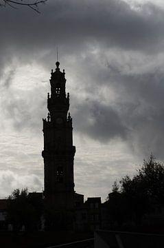 silhouet van de toren van de Clergymen