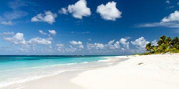 Eindeloos strand van Christoph Schaible
