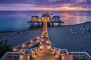 Sunrise Sellin Pier, Rügen, Deutschland von Henk Meijer Photography