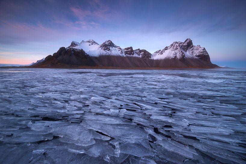 Stokksnes, IJsland van Sven Broeckx
