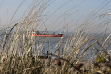 schip op zee van Frans Versteden