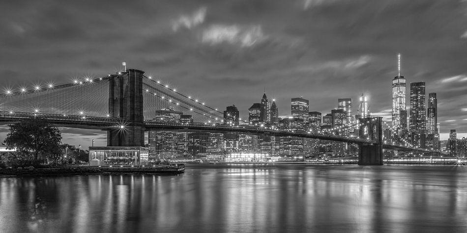 New York Skyline - Brooklyn Bridge 2016 (5) van Tux Photography