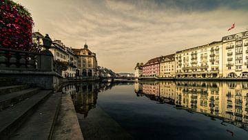 Reuss - Luzern van Tony Buijse