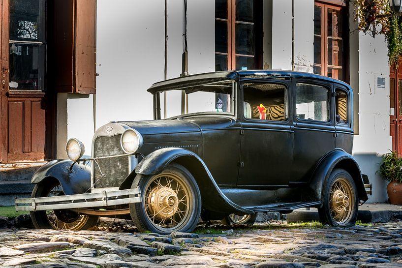 Klassieke A-Ford in de straat Uruguay van Jan van Dasler