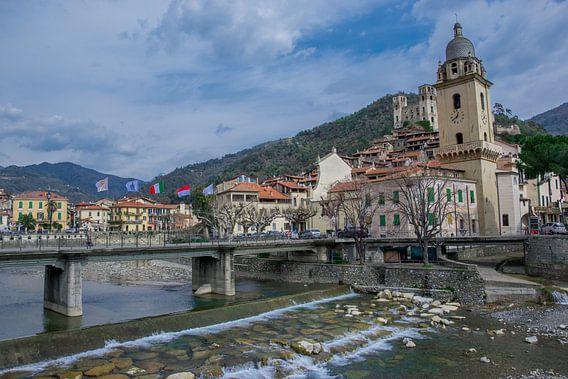 Dolceacqua Italie van Justin Travel